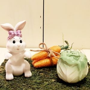 Other - Bunny & Cabbage Salt & Pepper Shakers